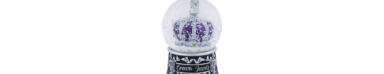 Snowglobes & Glitter Globes