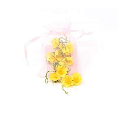 Make your own silk buttercup chain - 12 yellow buttercups