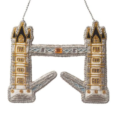 Premium embroidered Tower Bridge decoration