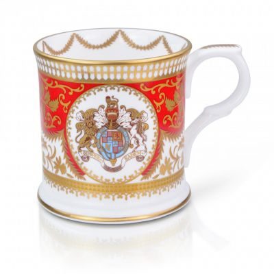 Royal Palace Crest English fine bone china tankard