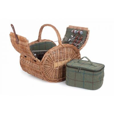 Oval 4 person green tweed picnic hamper fully open