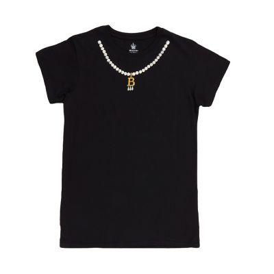 Anne Boleyn B necklace black t-shirt