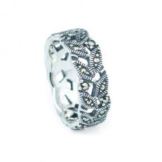 Marcasite leaf band sterling silver ring