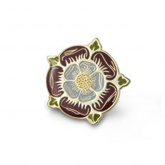 Tudor rose pin badge