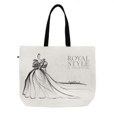The Royal Style in the Making Shoulder Bag