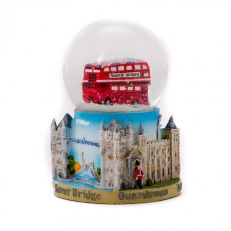 London icons snow globe