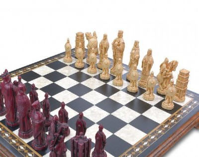Battle of Hastings collector's chess set